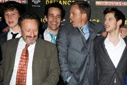 Cast of defiance in newspaper article
