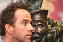 Jonjo unveiling the Mercutio Statue at Newcastle Theatre Royal - 8
