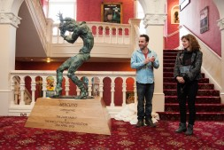 Jonjo unveiling the Mercutio Statue at Newcastle Theatre Royal - 6